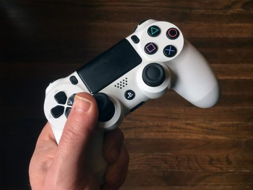 How to fix PlayStation 4 controller jitters