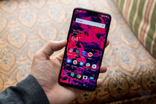 The OnePlus 6is now available to order