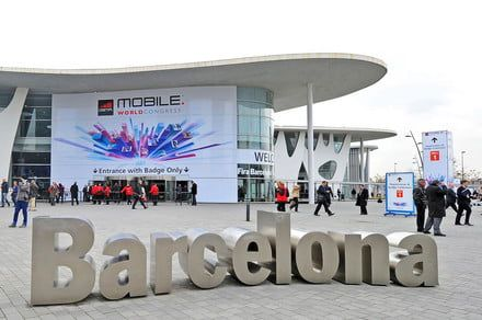 The top trends we saw at Mobile World Congress 2018