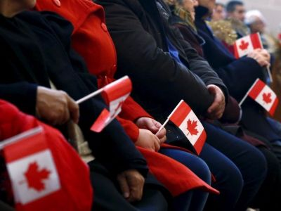 A Canadian venture capital firm is paying entrepreneurs to relocate and become citizens