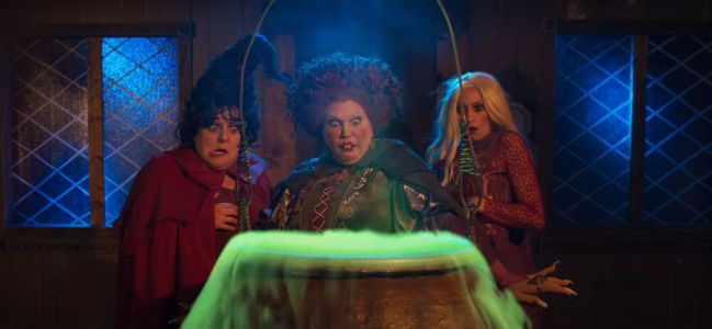Watch The Sanderson Sisters React To HOCUS POCUS Videos