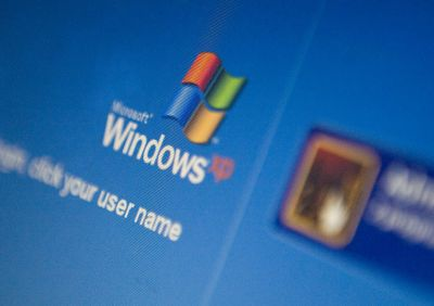 Microsoft patches Windows XP to stop foreign hack attacks