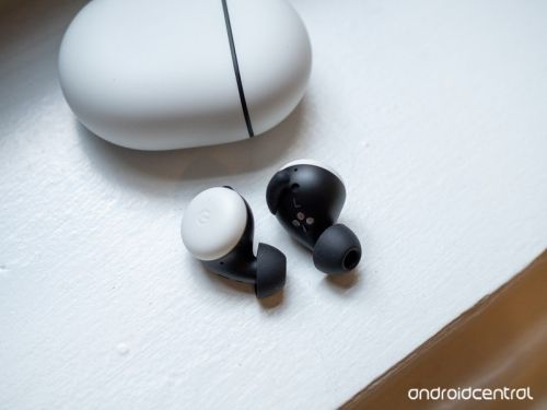 Latest Pixel Buds update fixes audio cutout issues for some users