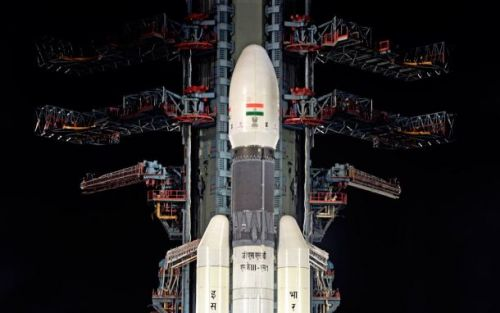 India's Moon lander mission hits 'snag' moments before launch