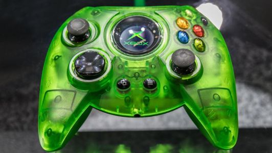 Xbox One's 'The Duke' controller in translucent green goes up for pre-order