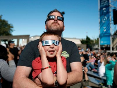 Photos: Coolest 2017 Solar Eclipse Signs and Celebrations
