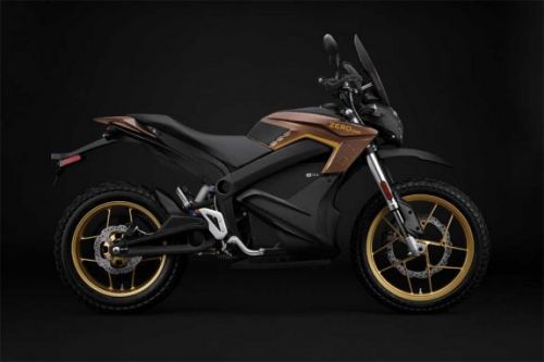 Zero Motorcycles 2019 rides longer with more power