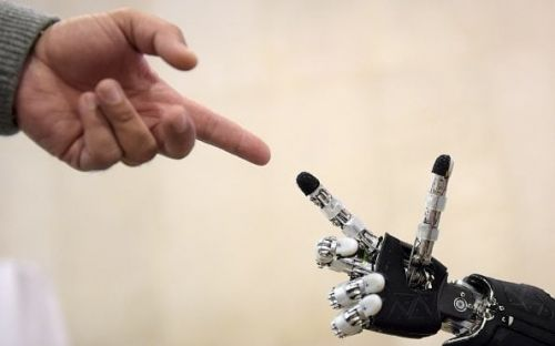 Robots will create millions more jobs than they displace, claims WEF