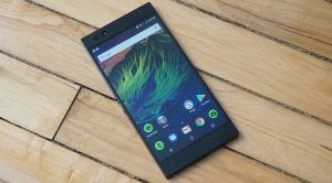 Android 8.1 Oreo Rolling Out to Razer Phone