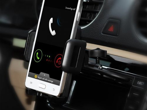 Put your dusty, old CD player to use with this $8 Mpow phone mount