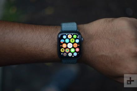 Amazon drops price on Apple Watch Series 4 with a rare deal