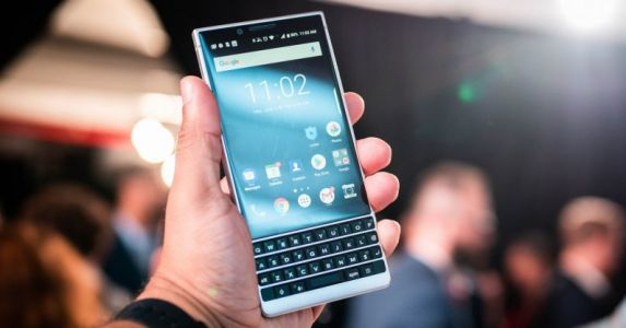 Hands-on: The BlackBerry Key2 has me unreasonably excited for a physical keyboard
