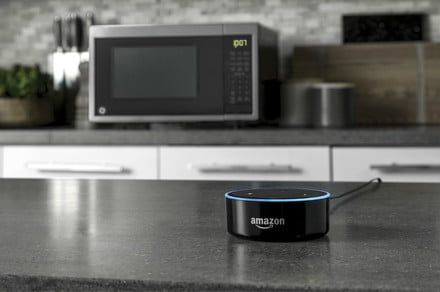 GE's scan-to-cook microwave comes with a bonus Amazon Dot for a limited time