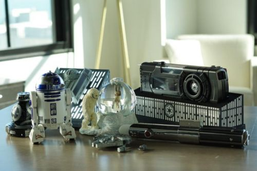 Star Wars gift guide: Top picks for fans who are tech geeks