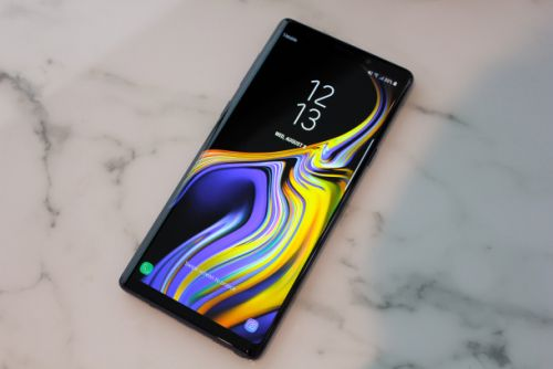 The Galaxy Note 9's display is better than any other smartphone - even the iPhone X