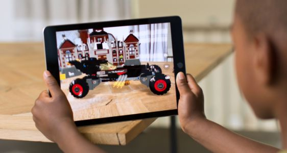 Here are the best ARKit apps for iOS 11 you should try right now