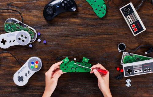 8BitDo DIY kits make old wired controllers wireless