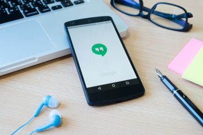 Google finally killed one of its messaging apps instead of making a new one