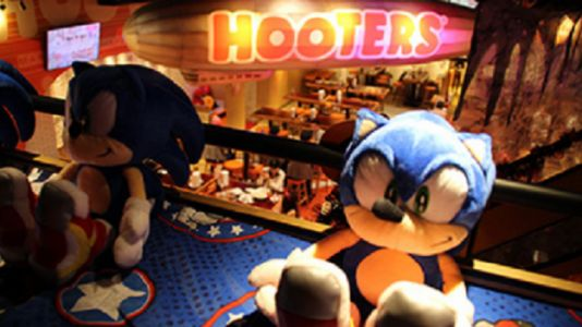 Sonic the Hedgehog Hits Hooters To Celebrate The Release of Sonic Forces