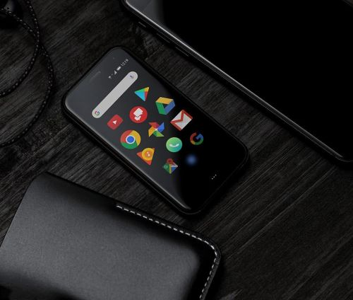 You can now pre-order an unlocked Palm smartphone to use on any service provider