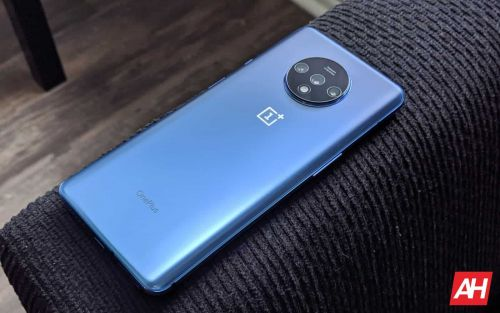 OnePlus 7 & 7T Series Updates Improve Battery Life, Security & More