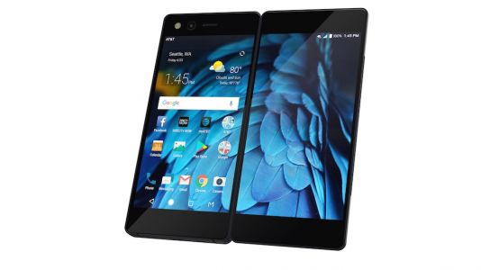 ZTE Axon M's Two Screens Support Three Unique Viewing Modes