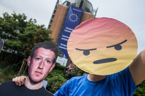 How to watch Mark Zuckerberg's testimony at the European Parliament today