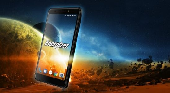 World's First Phone with a 4.95-inch 18:9 Display, 4000mAh Battery and 4 Cameras