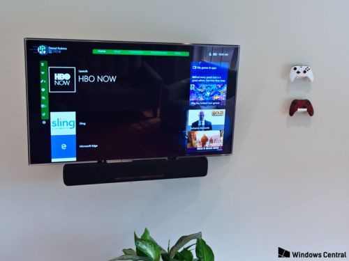 How the Xbox One and Xbox One X will protect your OLED TV from burn-in