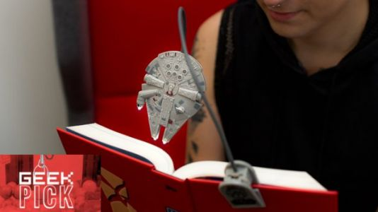 GEEK PICK: Star Wars Millennium Falcon Book Light