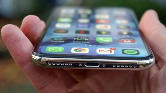 Apple patents rival to Samsung Galaxy X