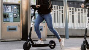 Bird Scooters get new 'Quick Start' feature, riders taking longer trips