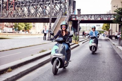 Coup launches new electric scooter service in Paris and faces off with Cityscoot