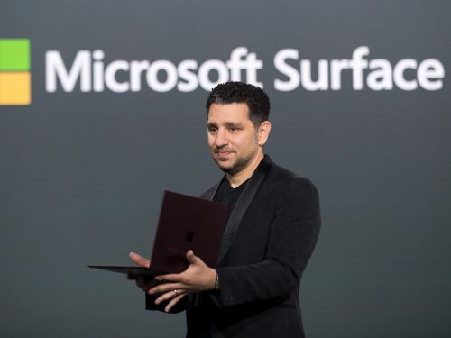 This could be our clearest look yet at Microsoft's ultramobile, Courier-like Surface device