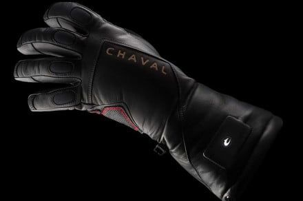 Stay toasty and untangled with the Chaval Supernova wireless gloves