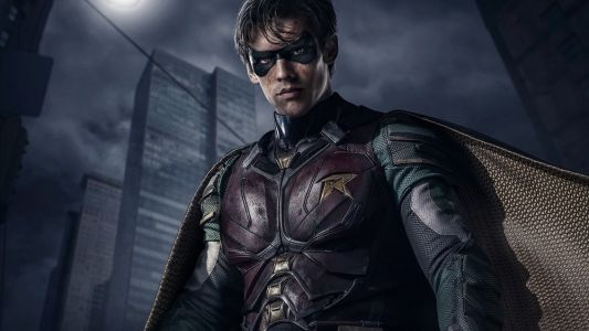 It Looks Like BATMAN Will Appear in DC's TITANS and Here Are Some Photos of His Batsuit