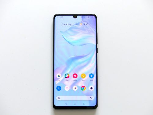Fantastic deal drops the Huawei P30 Pro's price to an all-time low
