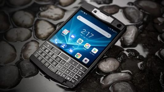 Someone Is Crowdfunding a Rugged New Take on Classic BlackBerry Phones