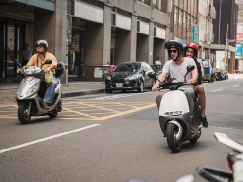 Electric scooter maker Gogoro raises $300 million for growth