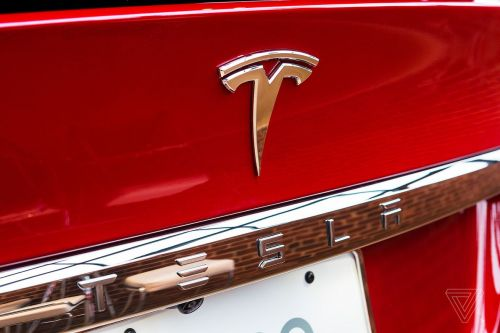 Tesla has reached a deal to build a factory in China