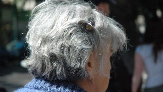 Study: Stress Speeds Up the Graying Process
