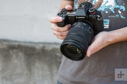 Panasonic Lumix S1R vs. Sony A7R III: Which pixel-shift powerhouse is better?