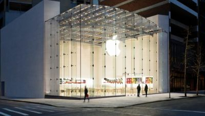 The Apple Store is becoming a classroom, with coding, photography and music lessons