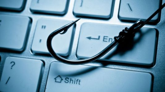 These phishing scams impersonate popular shipping companies