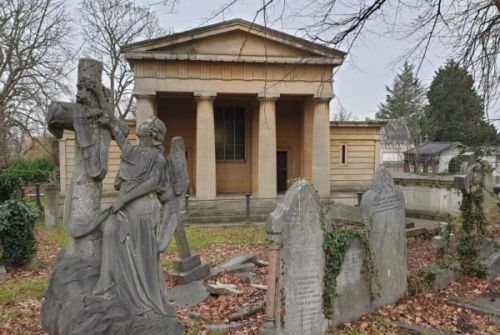 West Norwood's Victorian cemetery to be restored