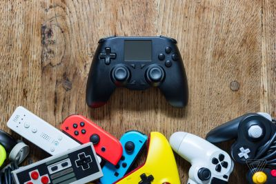 The All Controller aims to be a universal remote for your game consoles