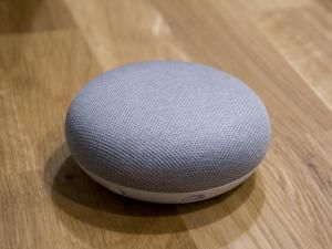 Google Home UK Voice Calling Incoming!