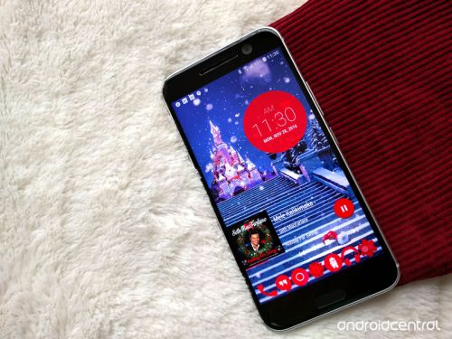 Deck your phone with these ho-ho-holiday wallpapers