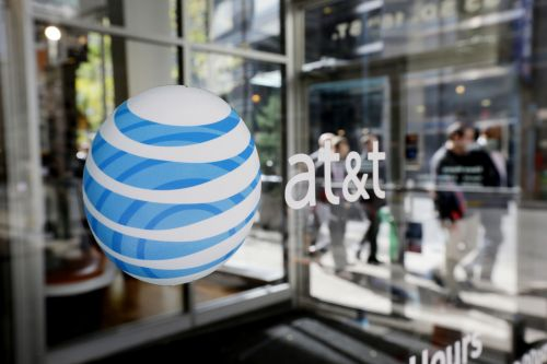 AT&T rolls out ad push for net neutrality law that covers tech companies