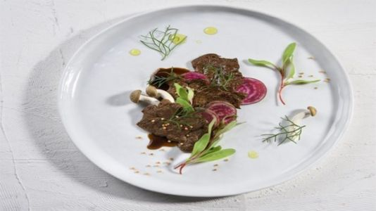 First Lab-Grown Steak Gives Foodies a Taste of the Future